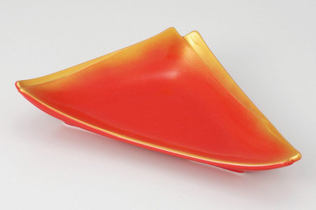赤釉金吹 重ね三角皿