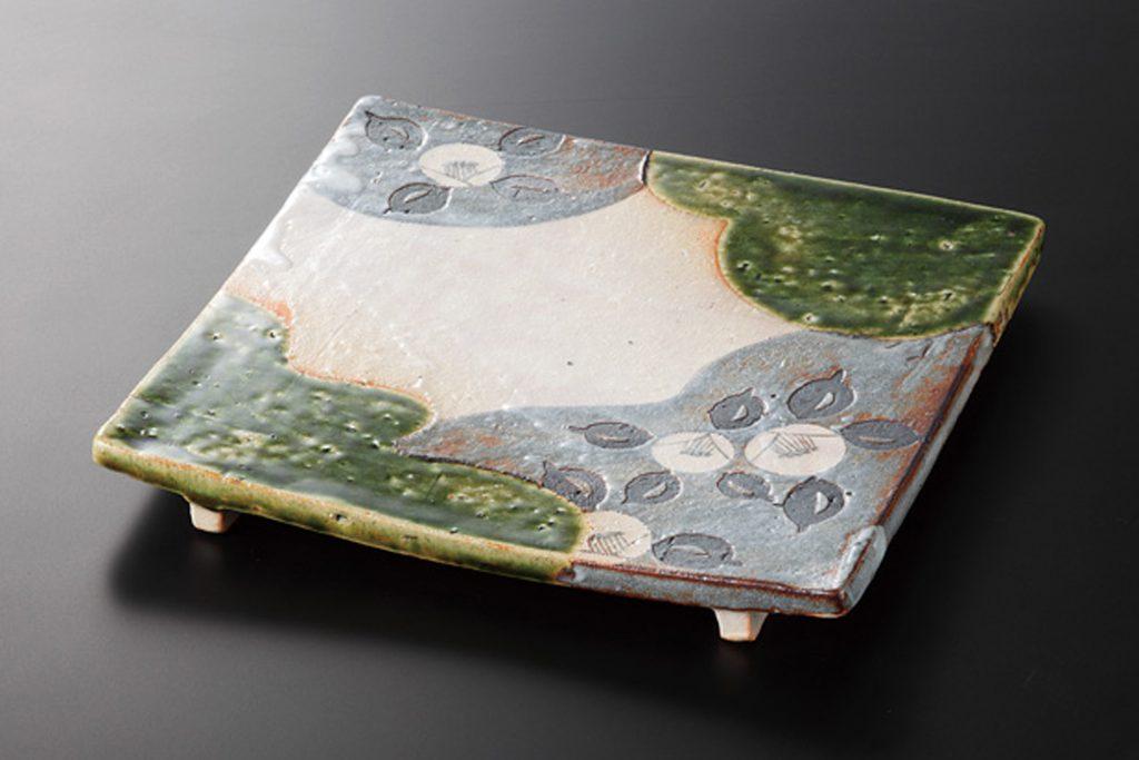 織部椿 角皿(小)
