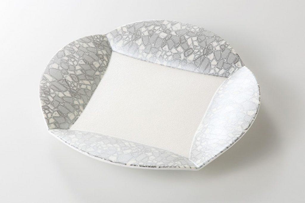銀彩モザイク 四方上り8寸皿