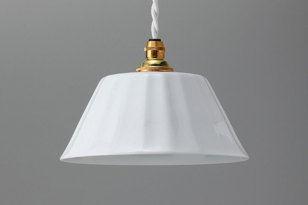 白磁ランプフリル 平型