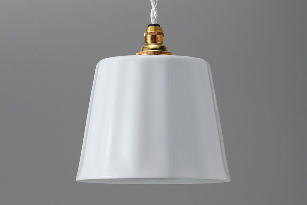 白磁ランプフリル 筒型