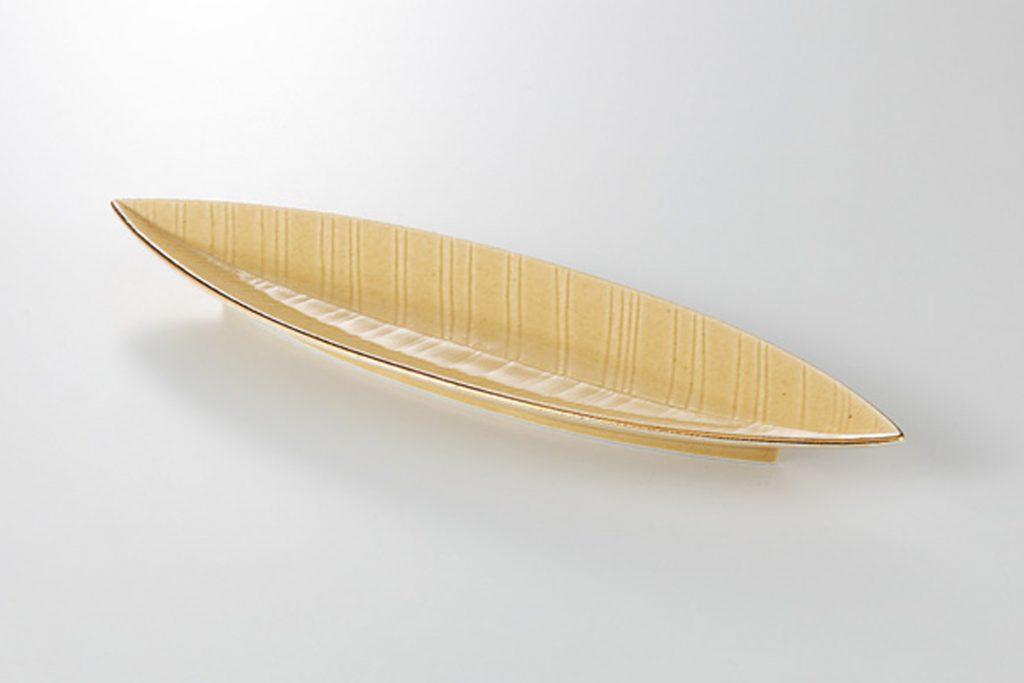 イラボ金渕 笹型付出皿