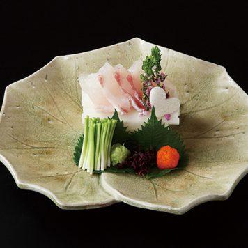 灰釉葉型 盛皿